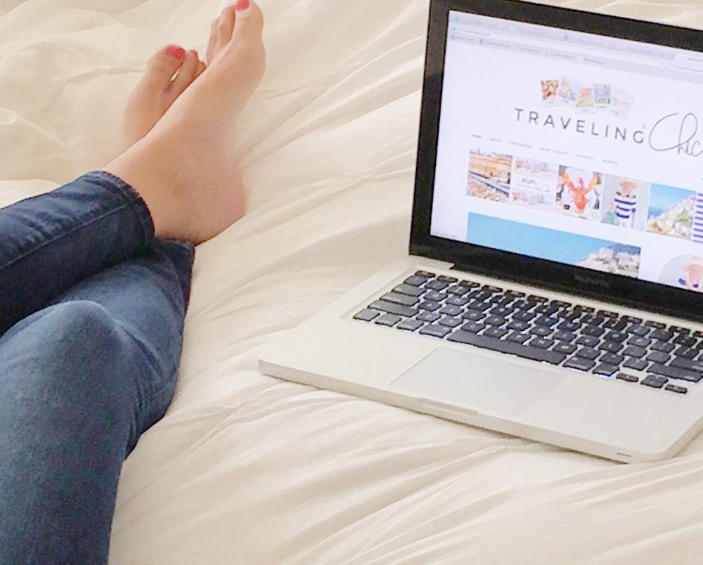 jenny-dolphin-blogging