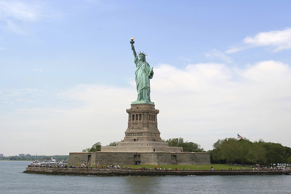 NEW YORK statue-of-liberty